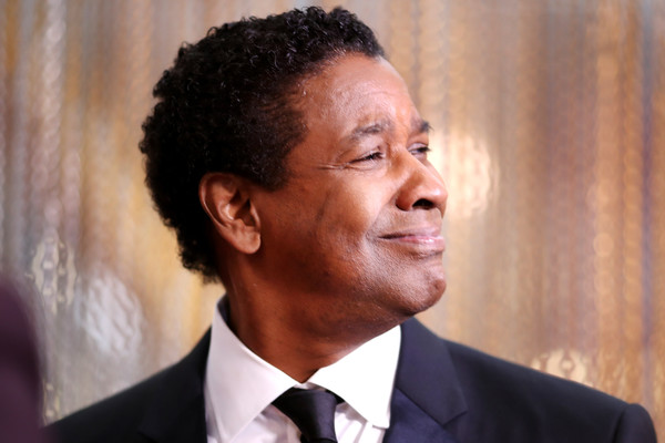DenzelWashington89thAnnualAcademyAwards-A9kX0K5Iurl