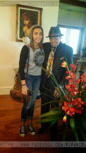 paris-jackson-with-her-grandfather-joe-jackson-2015-high-res-paris-jackson-38259152-281-500